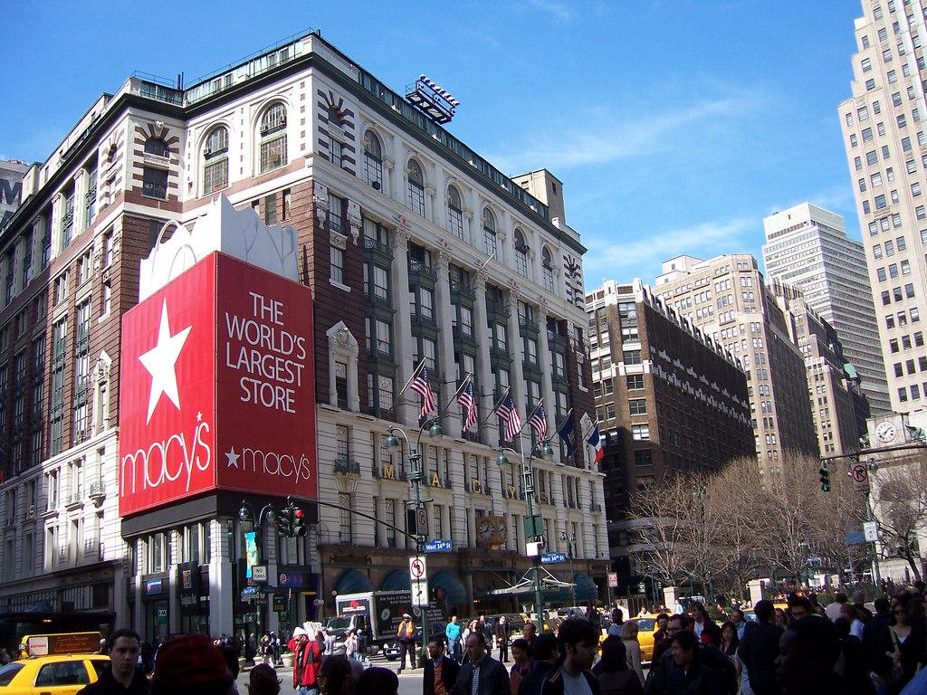 Macy's Herald Square in New York (Manhattan), New York Kid