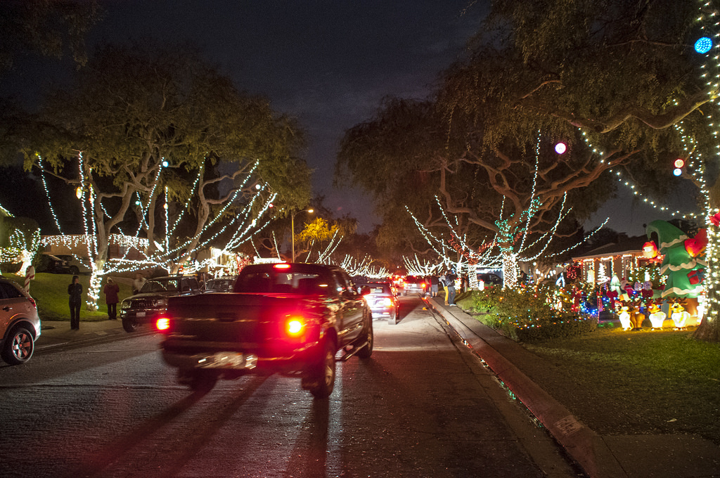 Sleepy Hollow Christmas Light Extravaganza In Torrance