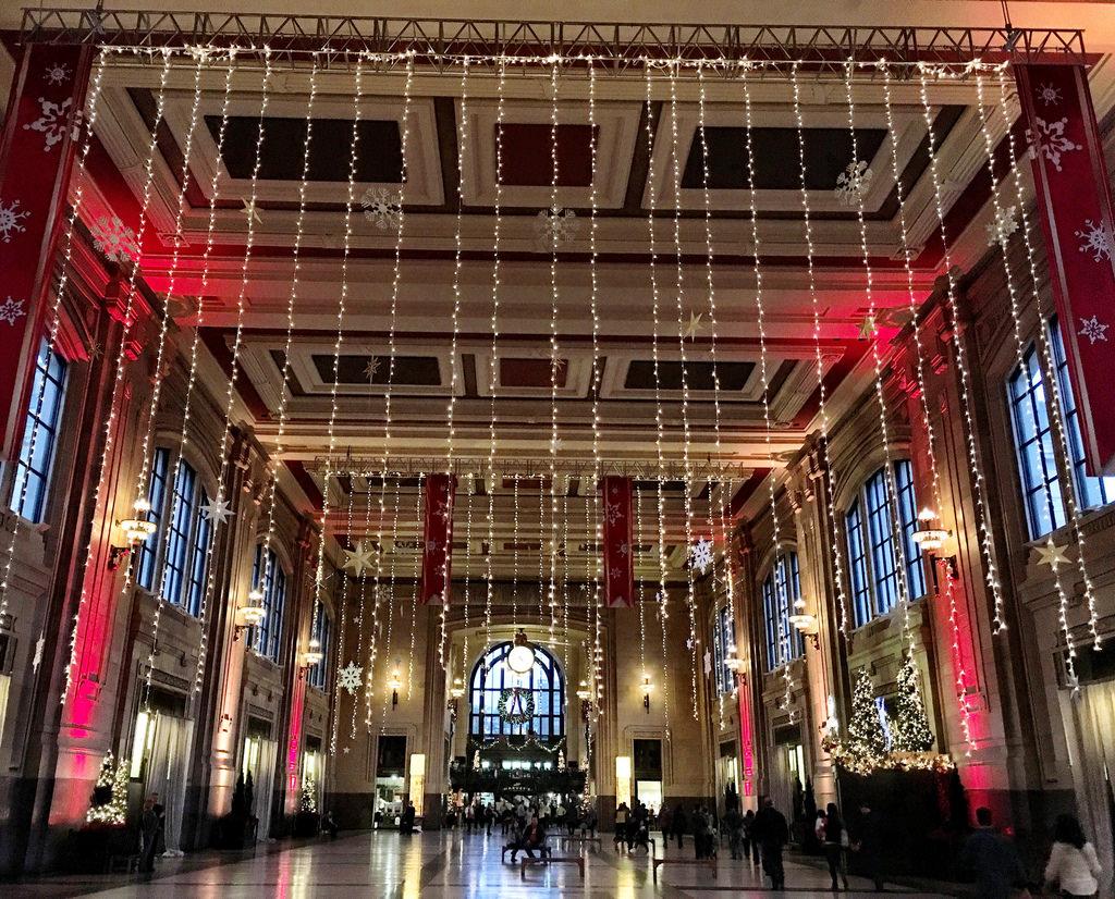 Where to see Christmas Lights Kansas City   Trekaroo