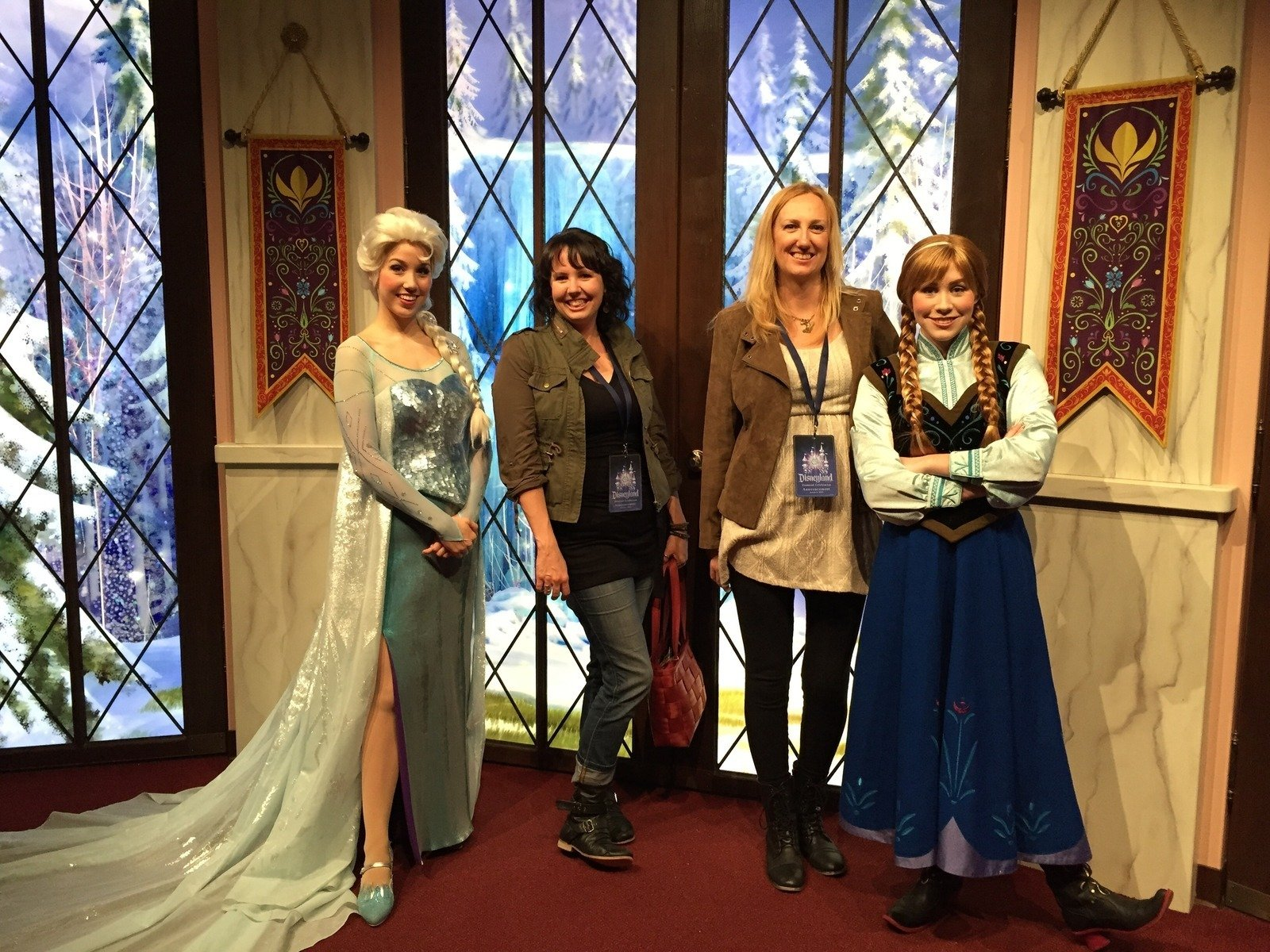 Anna And Elsas Royal Welcome Disney California Adventure In