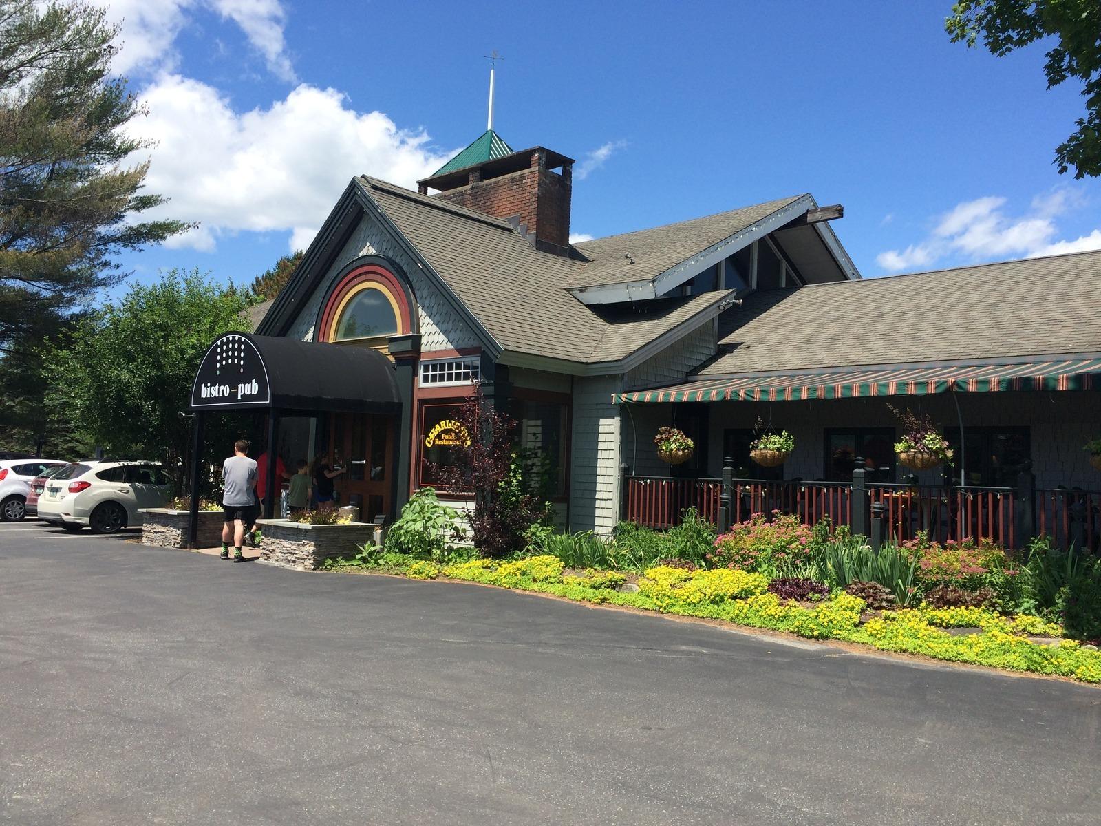Charlie Bs Pub Restaurant In Stowe Vt Parent Reviews Photos