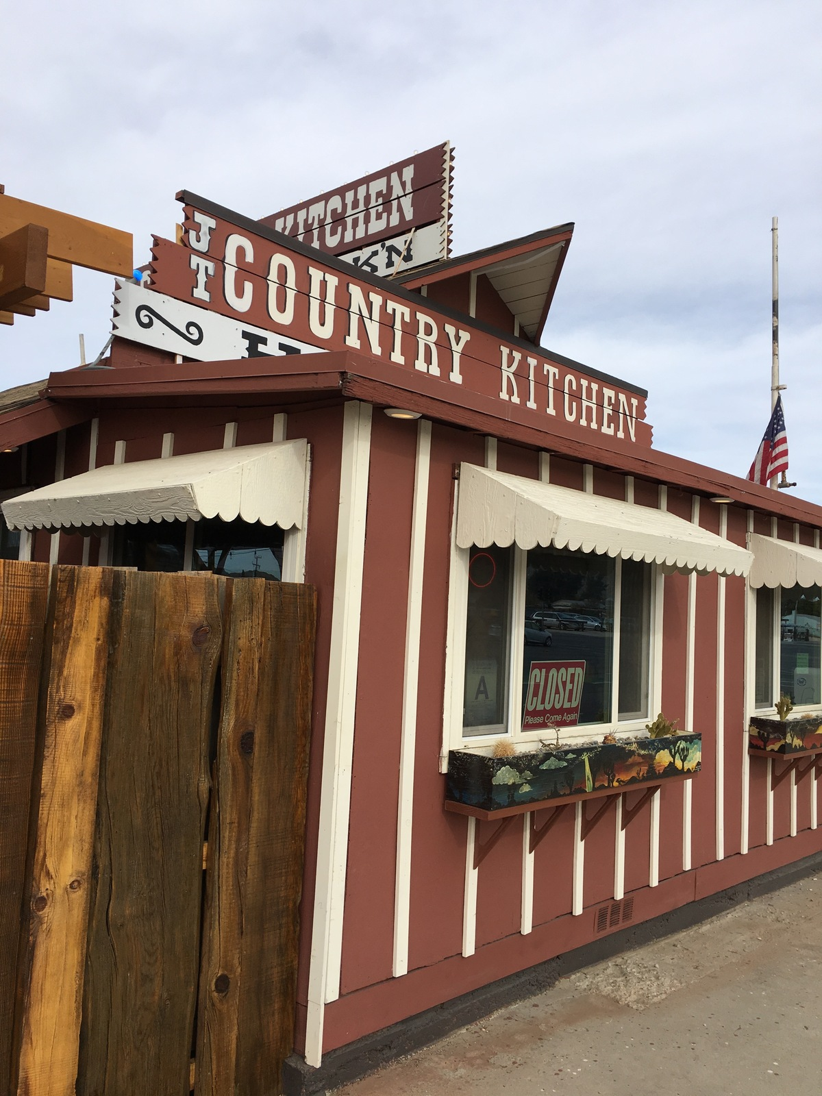 Country Kitchen In Joshua Tree California Kid Friendly