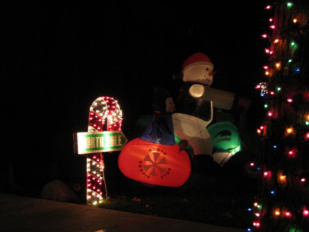 Upper Hastings Ranch Holiday Light Up - Pasadena, California