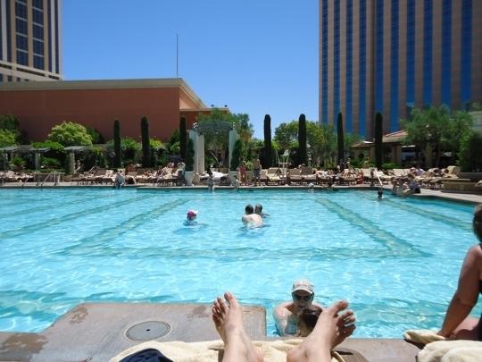 Pool at the venetian hotel casino las vegas nv kid - Child friendly hotels swimming pool ...