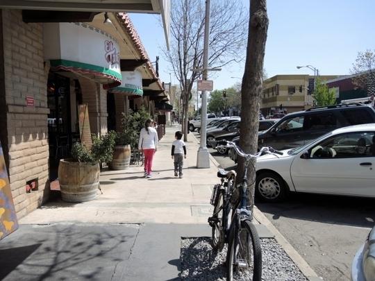 Historic Downtown Visalia Visalia Ca Kid Friendly