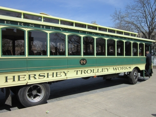 "Hershey Trolley Works connects Hershey's Chocolate World with Hershey Park and includes stops at other chocolatey sites such as real-life Willy Wonka Milton Hershey's birthplace and ""Chocolate Avenue,"" the site of Hershey's original chocolate factory."