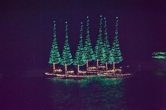 Morro Bay Boat Parade Of Lights Morro Bay Ca Kid