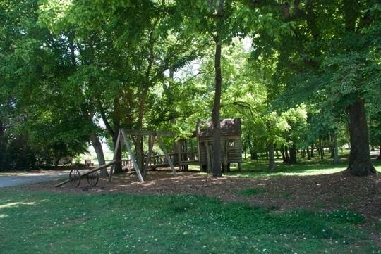 Outdoor fun with kids in huntsville al trekaroo for Huntsville botanical gardens hours