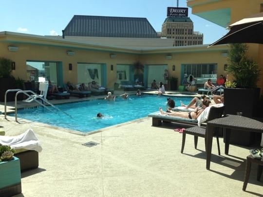hotel contessa riverwalk luxury suites san antonio tx. Black Bedroom Furniture Sets. Home Design Ideas
