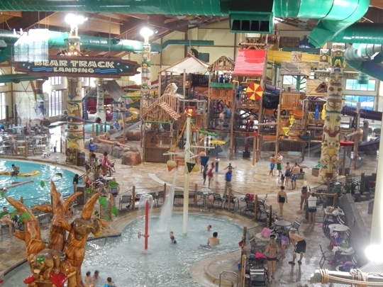 Book the Great Wolf Lodge Cincinnati/Mason - This family-friendly Mason resort is within 2 mi (3 km) of Kings Island and Beach Waterpark. Lindner Family Tennis Center and The Golf Center are also within 3 /5().