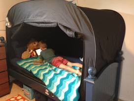Review of Privacy Pop: a travel-friendly bed tent 2