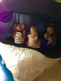 Review of Privacy Pop: a travel-friendly bed tent 3