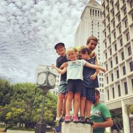 Kids-city-los-angeles-trekaroo-digest-light