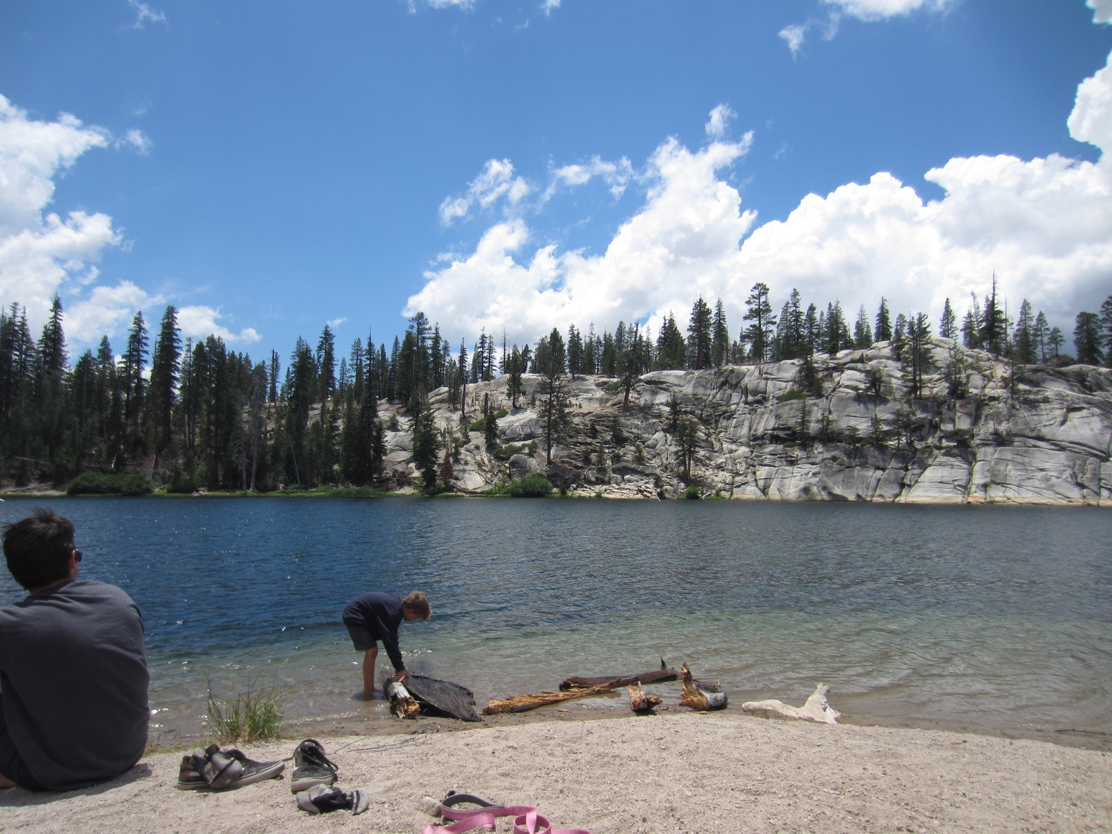 Sotcher lake mammoth lakes ca kid friendly activity for Kid friendly fishing near me