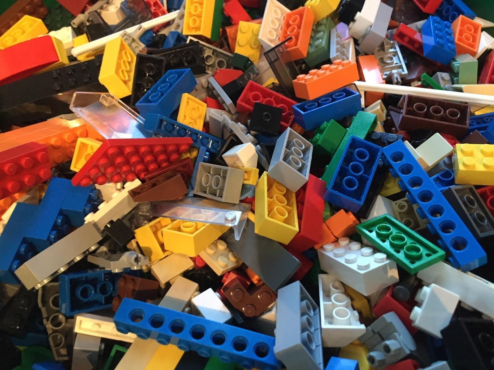 The LEGO Store - Woodfield Mall in Schaumburg, Illinois ...