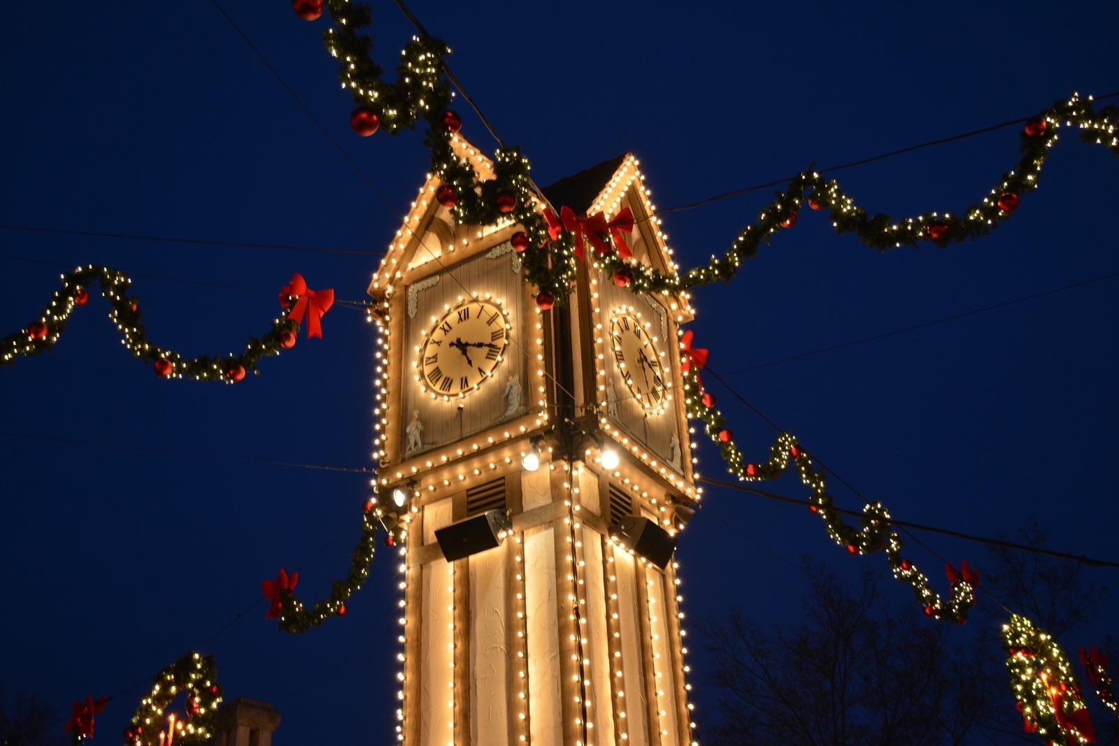 Christmas Town At Busch Gardens Williamsburg Va Kid Friendly A Trekaroo