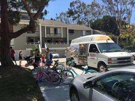 Mandi's Candies & Ice Cream Trucks - Huntington Beach, California