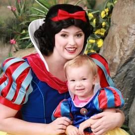 Disneyland_princesses