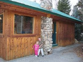Budges' Slide Lake Cabins - Kelly, Wyoming