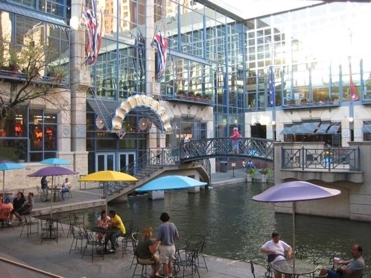 Rivercenter Mall San Antonio Tx Kid Friendly Activity