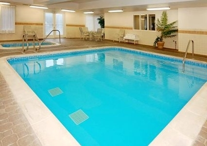 sacramento hotels with heated outdoor or indoor pools. Black Bedroom Furniture Sets. Home Design Ideas